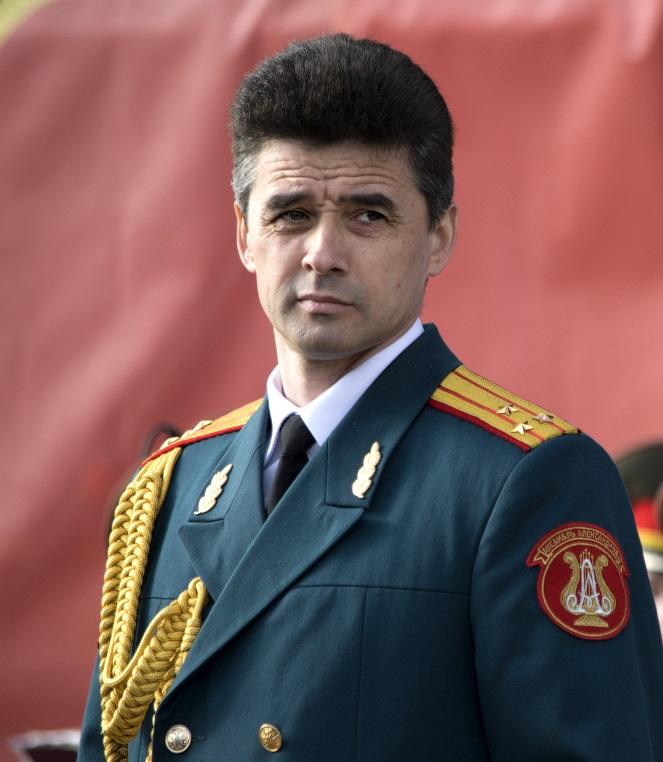 muzhskaya-lyubov-v-armii