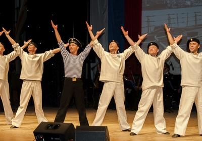 Ансамбль песни и пляски Северного флота готовит концертную программу к 100-летию РККА
