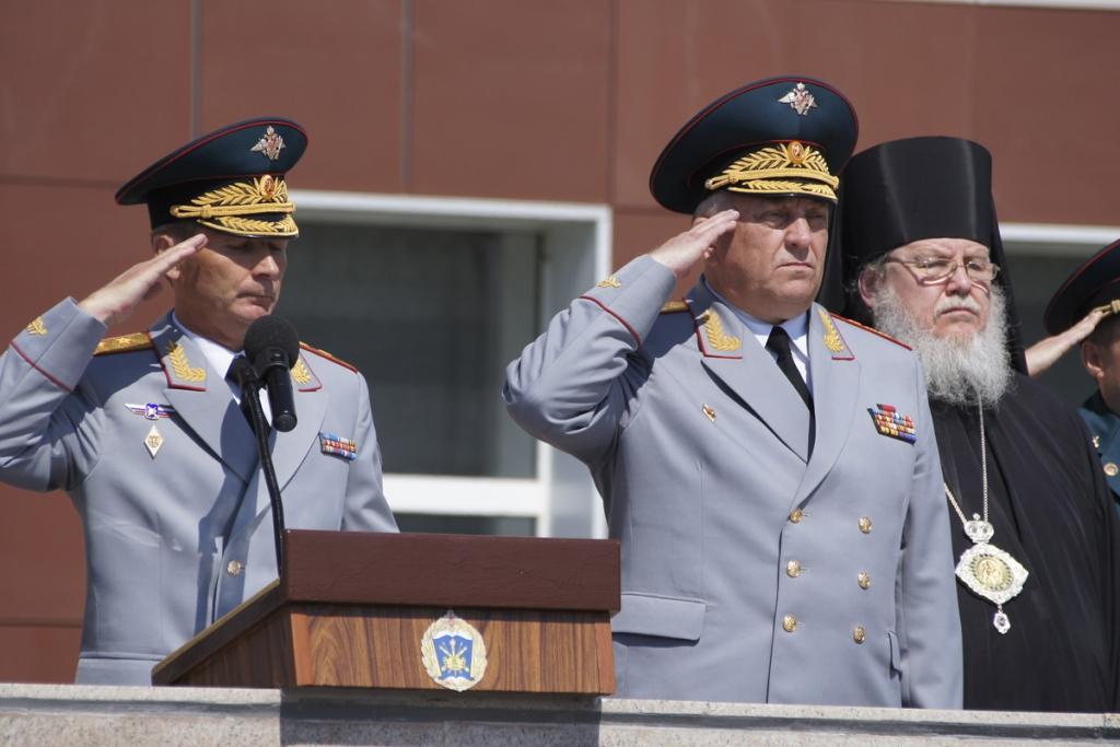 Командующий Ракетными войсками стратегического назначения генерал-полковник Сергей Каракаев