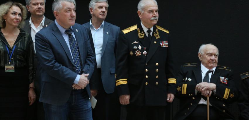 100 лет Главному политуправлению.