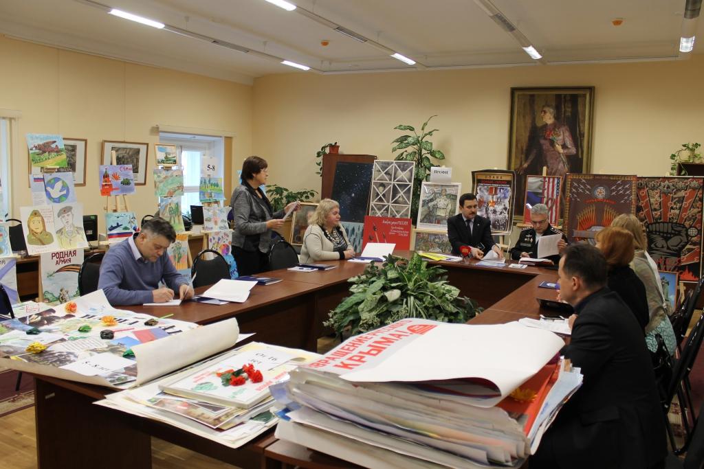 Rонкурс военного плаката «РОДНАЯ АРМИЯ-2016»